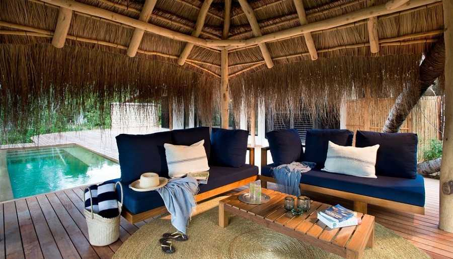 lounge-area-with-swimmingpool-at-andbeyond-benguerra-island-in-mozambique_jpg_950x0